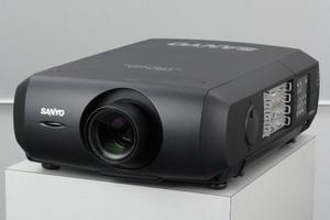 Проектор Sanyo PLC-XF47